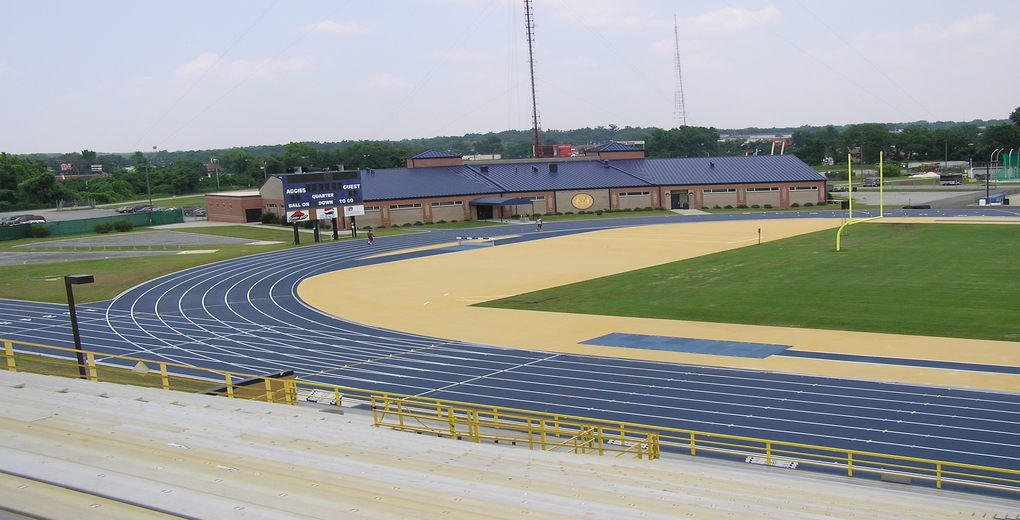 http://romeoguest.com/wp-content/uploads/2015/05/1_aggie_stadium_track.jpg